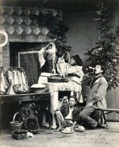 Sommer,_Giorgio_(1834-1914)_-_n._6144_-_(Mangiamaccheroni)[1]