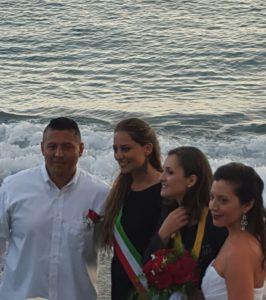 Maiori ..Matrimonio da Favola .. sposi con assessore