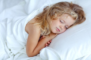 salute-e-benessere-bimba-che-dorme