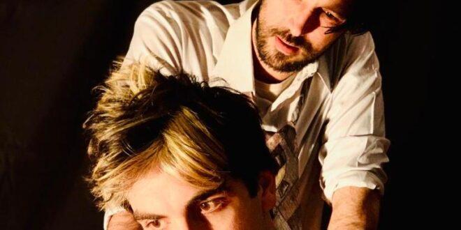 Risultato immagini per IN CASA CON CLAUDE di Renèe Danìel Dobois adattamento e regia Giuseppe Bucci con Mario Autore ed Ettore Nigro